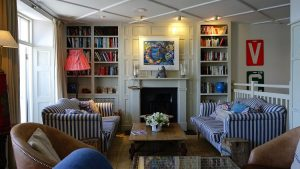 How to achieve a country-style look in your home